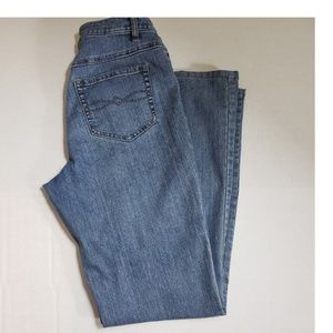 Cabi Jeans Classic Fit Flare Jeans Size 6 30x31